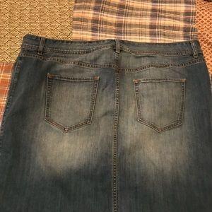 Old Navy Skirts - Old Navy Short Denim Skirt, Size 22